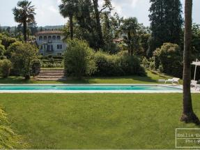 1513266489683_villa_devereux_stresa.jpeg